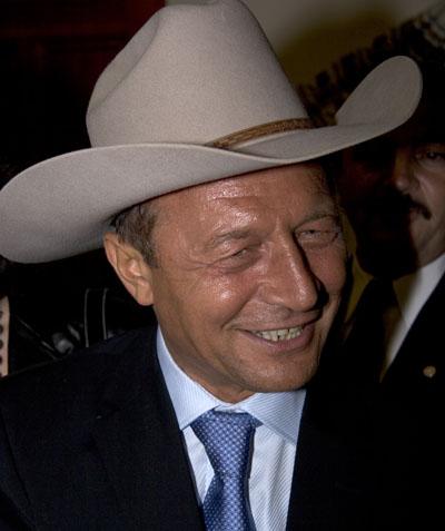basescu-cowboymed.jpg